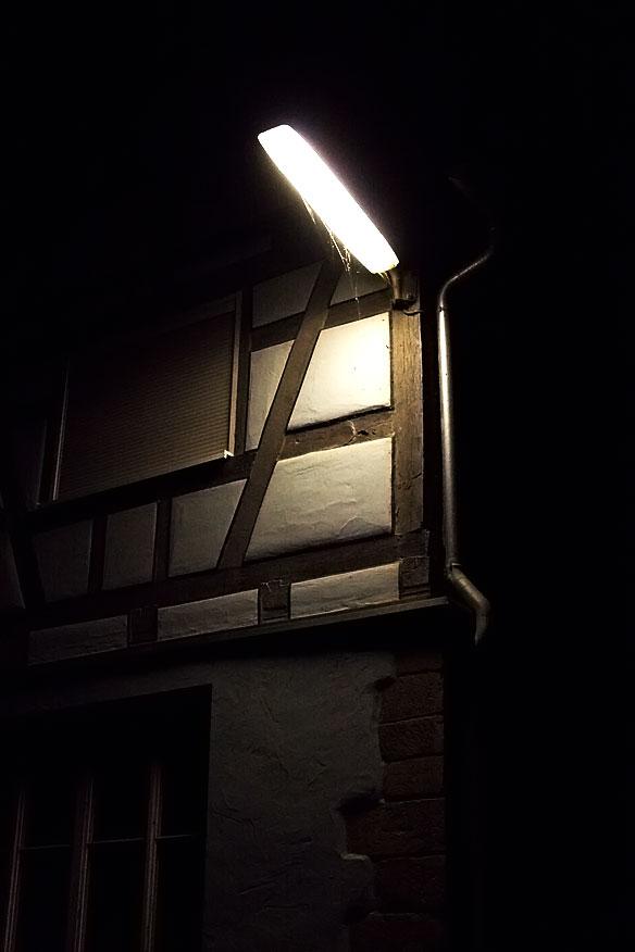Leoweg bei Nacht