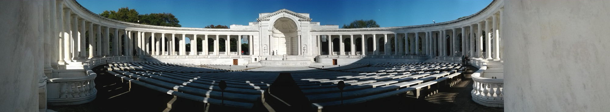 tomb of the unknown soldier amphitheater