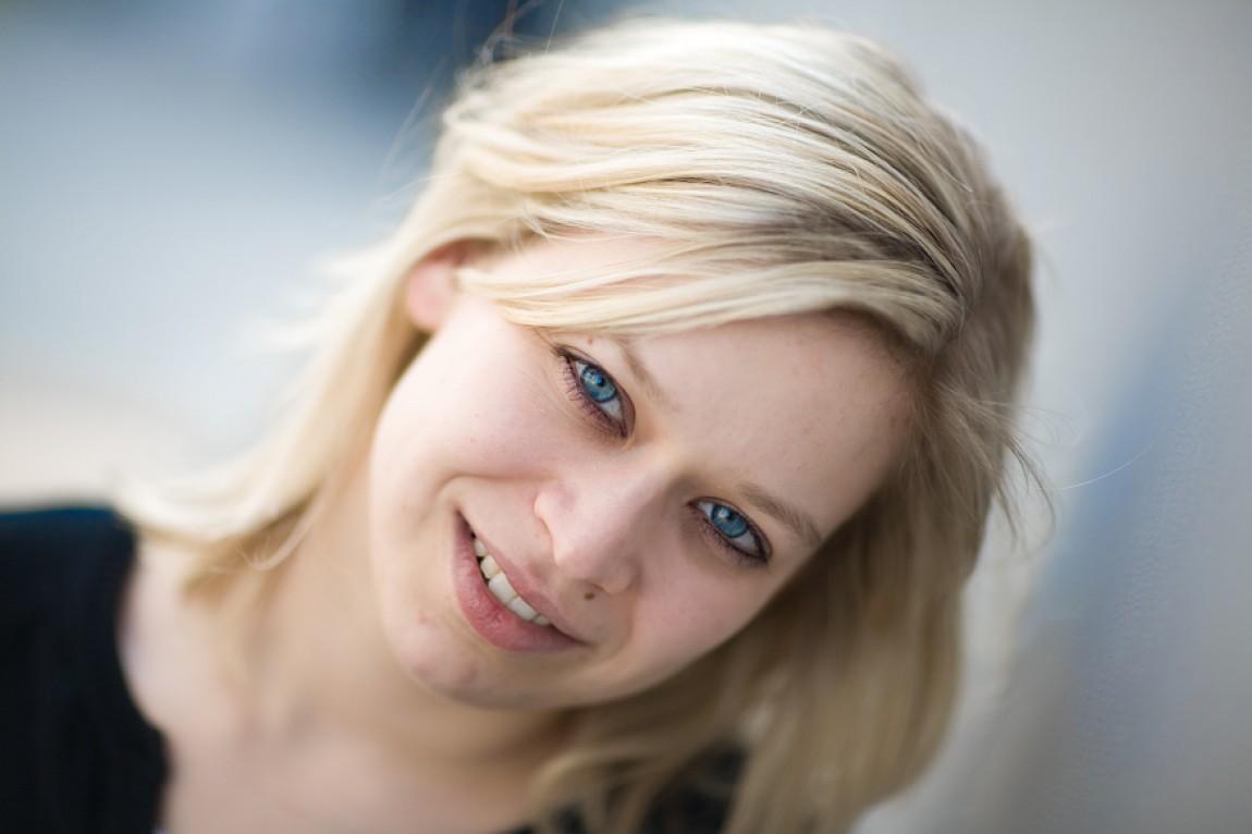 Danielle und ihre blauen Augen