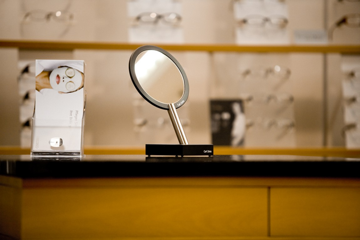 Neulich beim Optiker Schütz